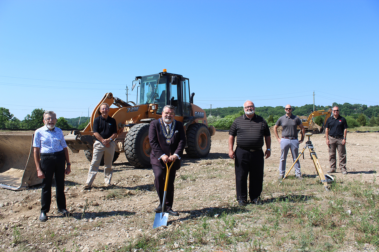 HealthHub-Groundbreaking-Photo1 (002)